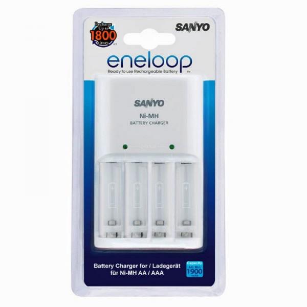 Panasonic Ladegerät MQN04 lädt 2 oder 4 Mignon/AA oder Micro/AAA, früher Sanyo